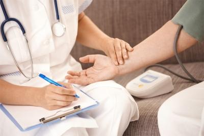 Бывает ли аритмия при ВСД и как проявляется